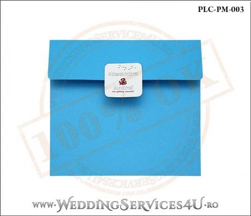 Plic Patrat pentru invitatie de Nunta Colorat Personalizat cu tematica marina realizat din carton albastru mat cu Monograma Aplicata. PLC-PM-003-1