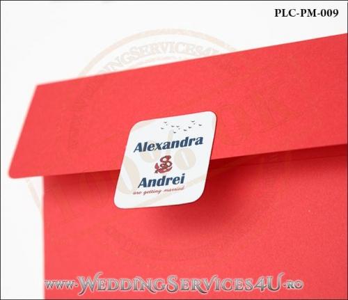 Plic Patrat pentru invitatie de Nunta Colorat Personalizat cu tematica marina realizat din carton rosu mat cu Monograma Aplicata. PLC-PM-009-2